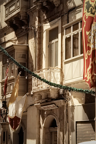 Festa-decorations-Floriana