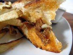 publik social house - duck confit panini extreme zoom