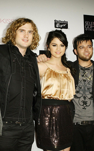 Onitsuka Tiger Record Release Party For Selena Gomez por dtodoblog.