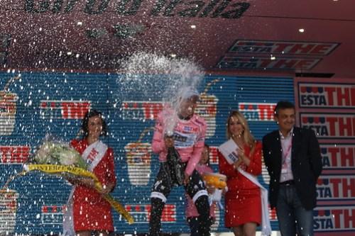 Contador in Maglia Rosa