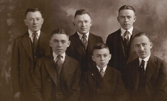 Six Klorfine Brothers-b