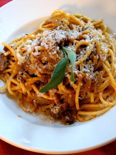 pasta with chicken liver ragu