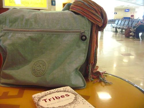 la besace de la nomade à l'aéroport