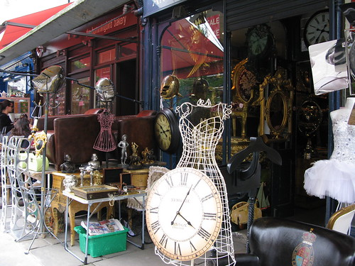 Antique shop in Portebello