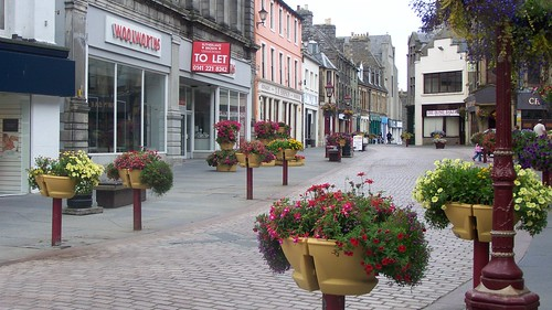 Flower be-decked market square in Wick