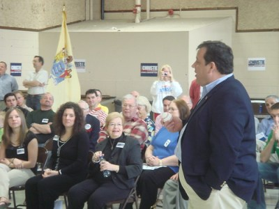NJ gubernatorial candidate Christopher Christie at a Parsippany town hall this weekend. (Photo: Christie campaign)
