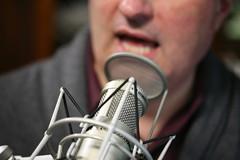 Leo Laporte doing his TWiT radio show