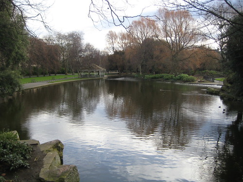pond in st stephens green