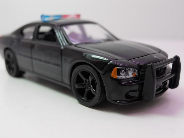 greenlight 2006 Dodge Charger black Bandit  (4)