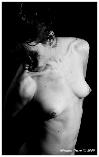 "Desnudo • <a style=""font-size:0.8em;"" href=""http://www.flickr.com/photos/20681585@N05/3248314757/"" target=""_blank"">View on Flickr</a>"