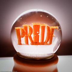Sculpture: Deadly Sins (Snowglobes): Pride, Pu...