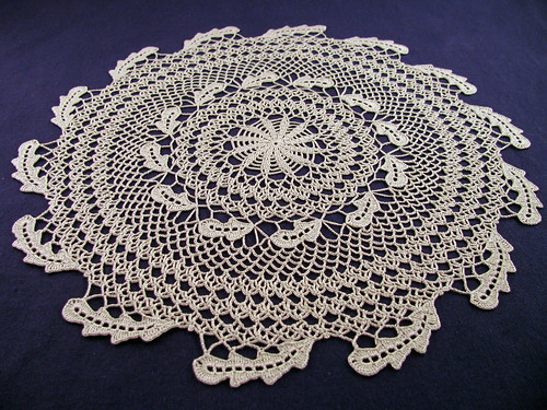 Green-Leaf-Doily