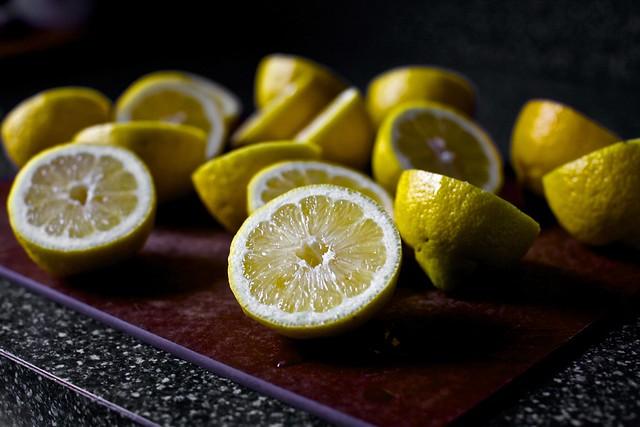 many lemons