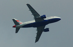 Airbus A318-112 CJ Elite, British Airways, over London 16.09.09