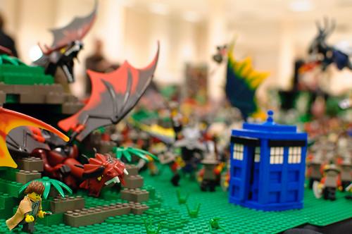 LEGO Doctor Who vs. Dragon