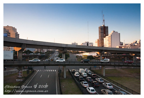 """Cruce Autopistas Buenos Aires • <a style=""""font-size:0.8em;"""" href=""""http://www.flickr.com/photos/20681585@N05/3779623326/"""" target=""""_blank"""">View on Flickr</a>"""