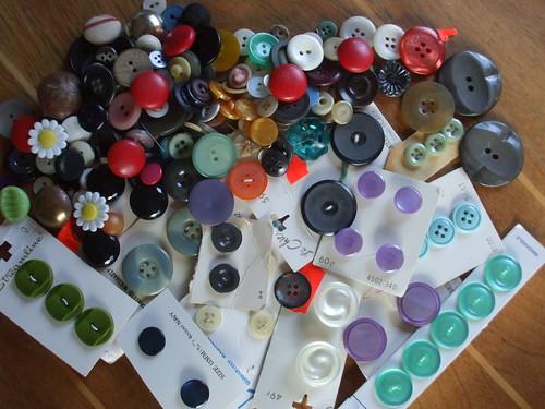 button stash #1