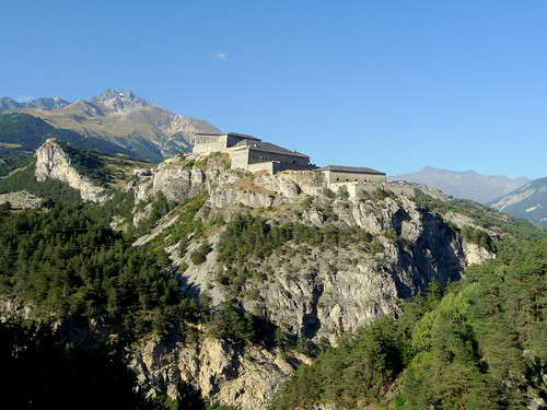 fort along col de l'Iseran