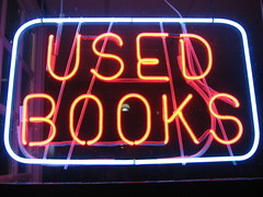 neon :: used.books
