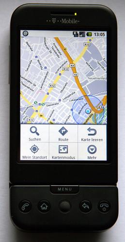 Google Maps (mit netzwerkbestimmter, ungenauer Standortanzeige und Anwendungs-Menü)