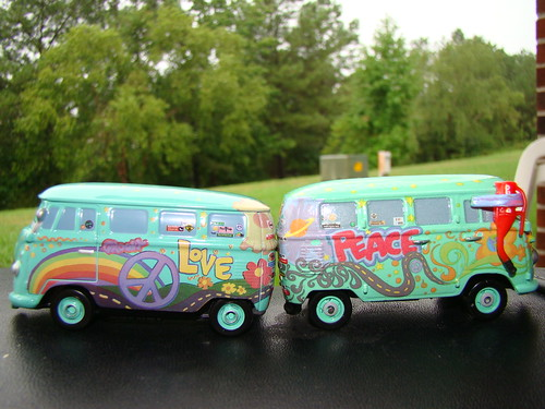 Tomica Disney CARS Filmore (6)