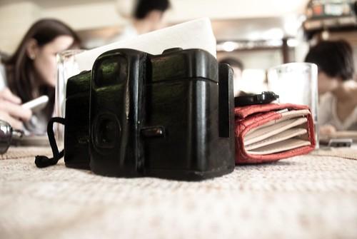 tissue holder na camera -- gusto ko nito