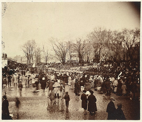 Crowd at Lincoln's second inauguration, March 4, 1865 (LOC)