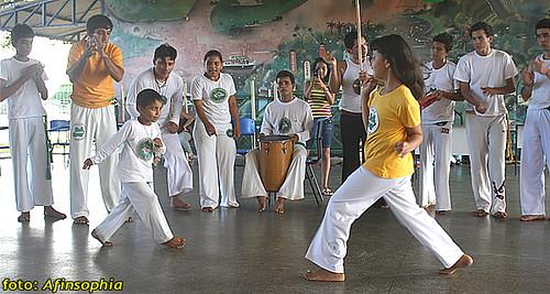 Capoeira Oxalá 02 por você.