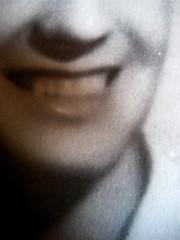 Gabriella Romano, Il mio nome è Lucy. L'Italia del XX secolo nei ricordi di una transessuale, Donzelli 2009: Tav. n. 1 fuori testo: ritratto fotograf. b/n di Lucy (part.), 11