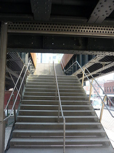 To enter the High Line Park by stairs