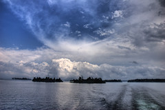 Cruising the St. Lawrence Seaway (1000 Islands...