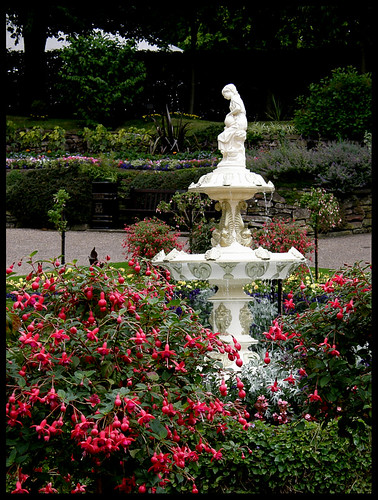 Dingle Garden, fountain and fuchsias