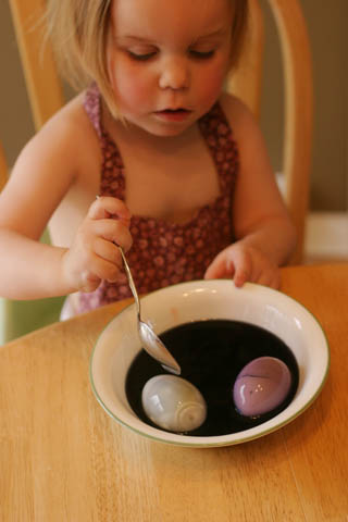 Elizabeth + purple eggs