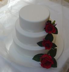 Wedding cake - Red roses