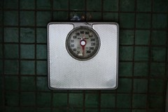Bathroom Scale-001