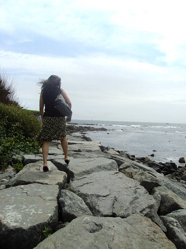Mother traversing the rocks.