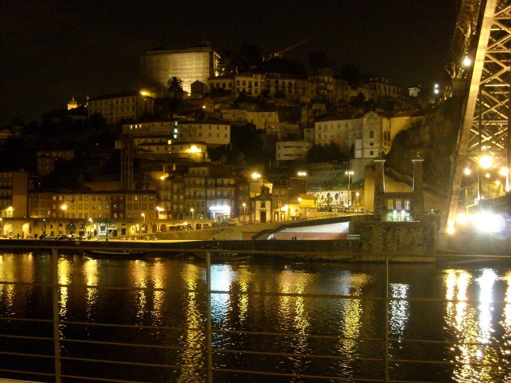 Panorámica nocturna desde Vilanova de Gaia