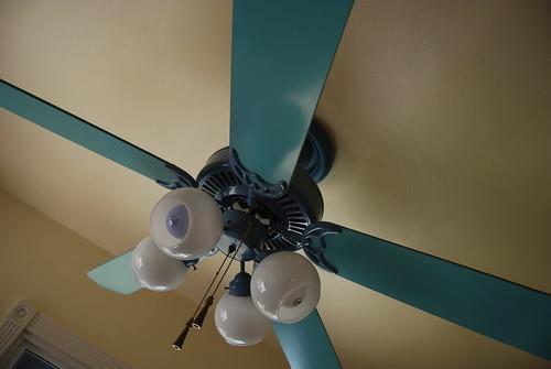 lovely 2 tone fan in the kitchen