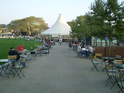 Schenley Plaza, Pittsburgh