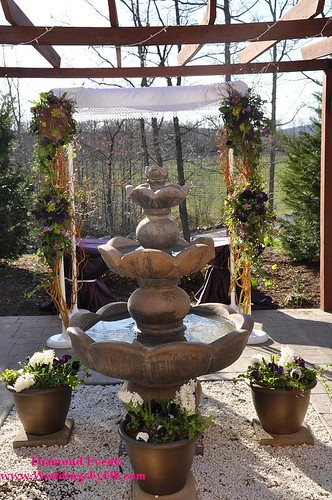 Chuppah by Heaven on Earth Wedding Flowers