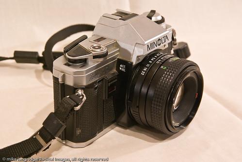 Minolta X300 35mm SLR _G105656