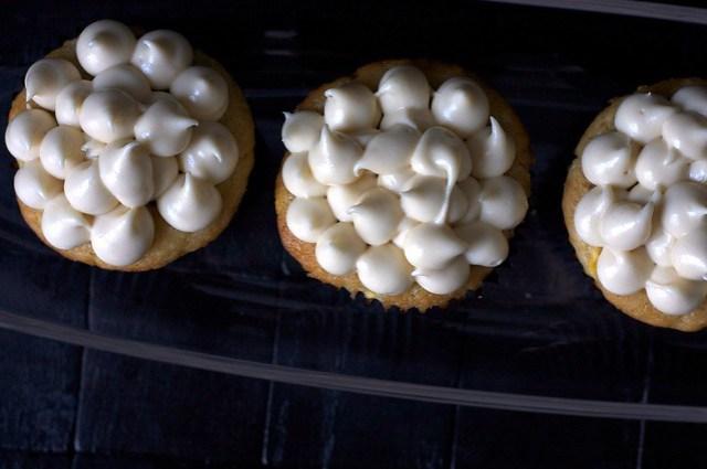 cream cheese brown sugar icing