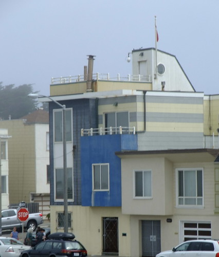 Architecture of the Outer Sunset along the Great Highway 1