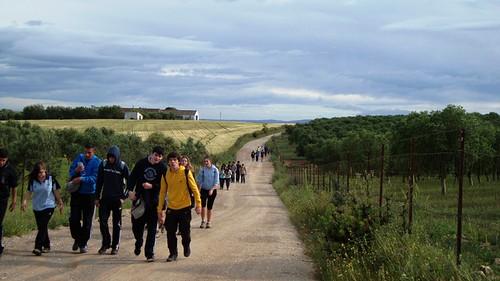 Caminando al Castillo de Gigonza