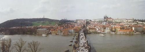 Vue sur le pont Charles et Malastrana