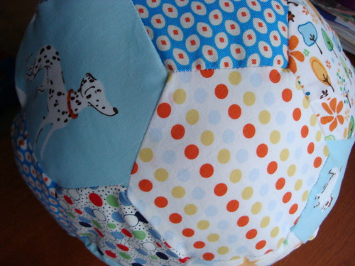 baby ball using anna maria horner tutorial