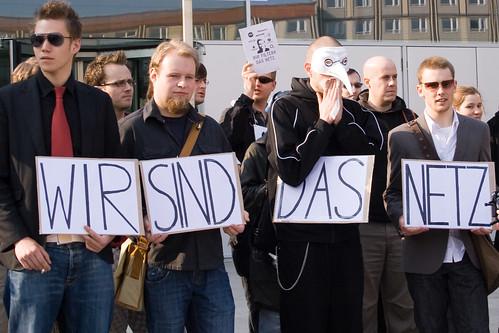 der Protest beginnt - auch offline