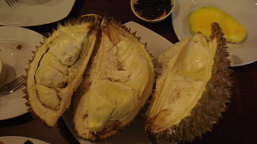 Barrio Fiesta, Durian
