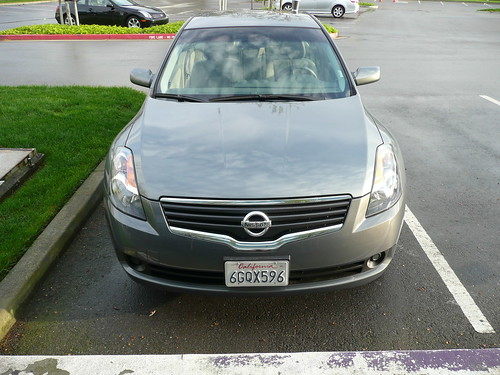 Cool hybrid rental car -Nissan Altima