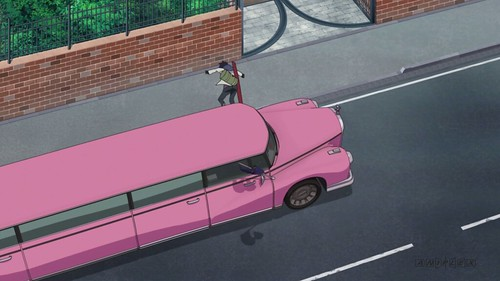 2. OMFG it's a pink limo!